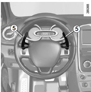 Renault Clio. Gear change paddles 5