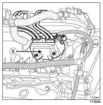 Renault Clio. Petrol injection: List and location of components