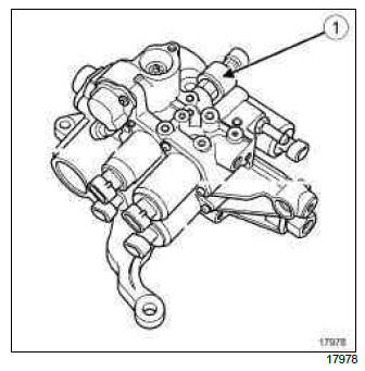 Renault Clio. Solenoid valve assembly pressure sensor: Removal - Refitting